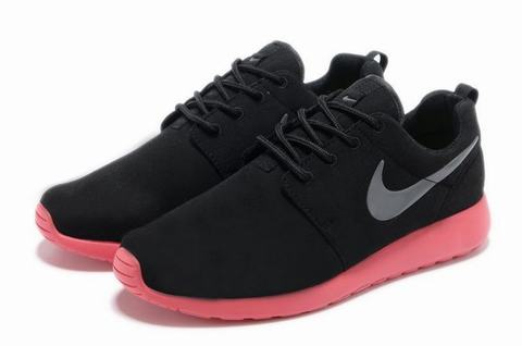 Roshe Run Semelle Rouge